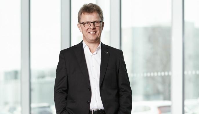Roger Alm, President Volvo Trucks er natur nok strålende fornøyd med det store salget.