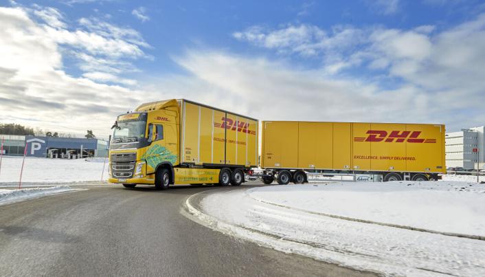 DHL Freight og Volvo Trucks har satt i gang et prosjekt med fokus på helelektrisk langdistanse tungtransport.