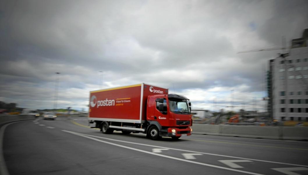 Bildet er fra 2015. Volvo er blant lastebilprodusentene som Posten Norge krever erstatning fra. Denne lastebilen er imidlertid mest sannsynlig kjøpt etter at kartellet ble avslørt.