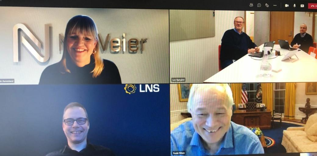Signeringen ble, som så ofte nå til dags, gjort digitalt. Øverst fra venstre: Anette Aanesland, adm. direktør i Nye Veier, Lars Bjørgård og Johan Arnt Vatnan, henholdsvis prosjektsjef og utbyggingsdirektør for prosjektet, nede til venstre: Jonas Tetlie, adm. dir. i LNS og Frode Nilsen, konsernsjef i LNS-gruppen.