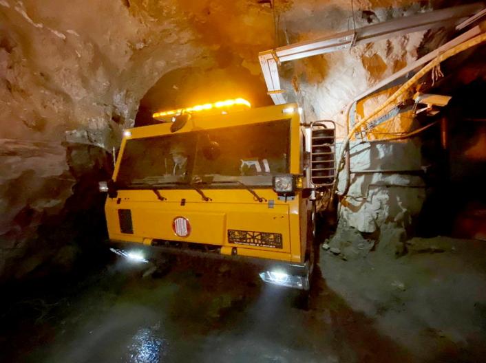 SELVKONSTRUERT: Chassis, hytte, motor, girkasse og overføringskasse er alle «Made in Tatra».