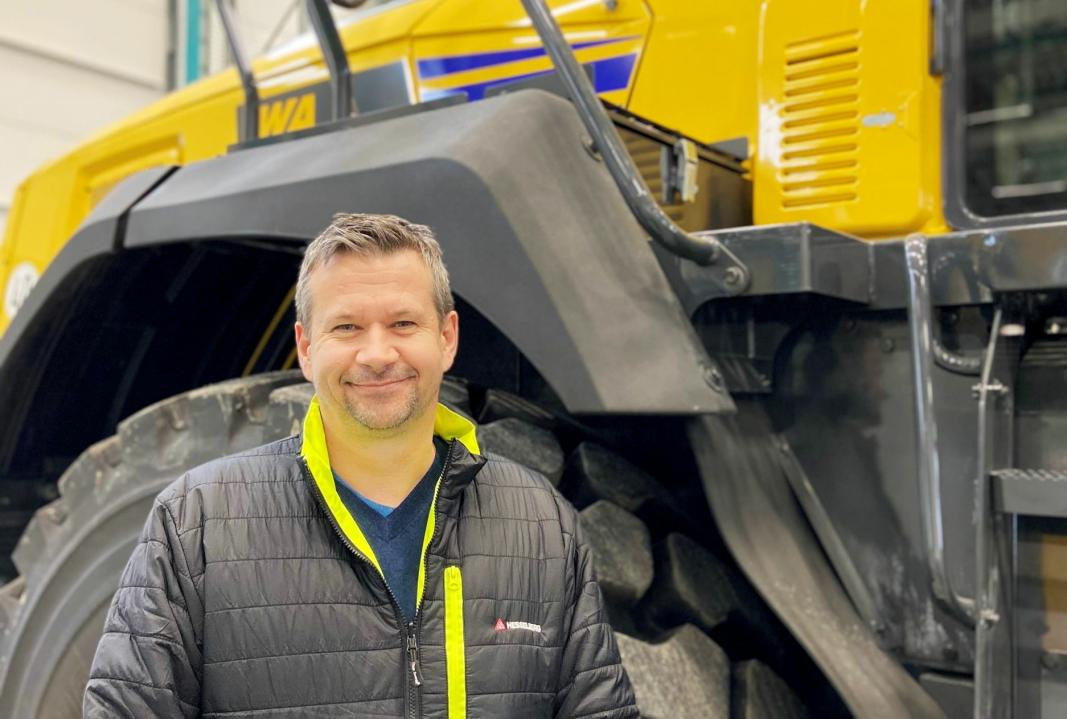 KLAR: Petter Heyerdahl begynner som produktleder for alle Komatsu-produktene, bortsett fra gravemaskinene. Foto: Hesselberg Maskiin