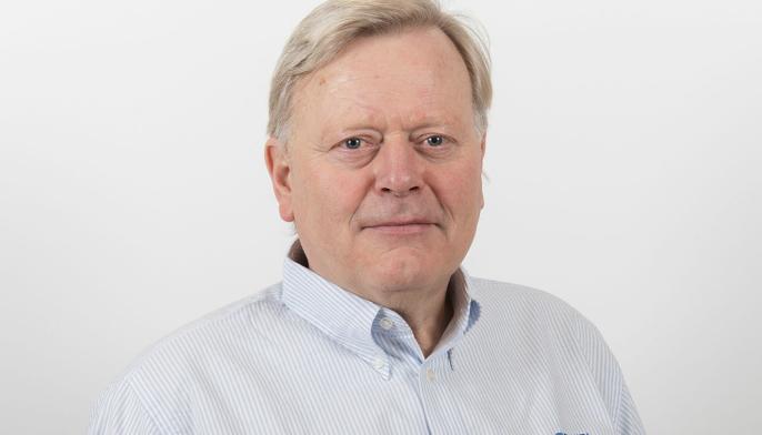 Administrerende direktør i Øveraasen AS, Thor Arve Øveraasen, er fornøyd med å ha sikret arbeidsplasser og fått bekreftet selskapets ledende posisjon i verden på avansert brøyteutstyr til flyplasser.