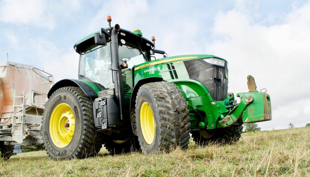 UTVIDER: Michelin «kikstarter» sesong med hele fem nye RoadBib traktordekk. Foto: Michelin