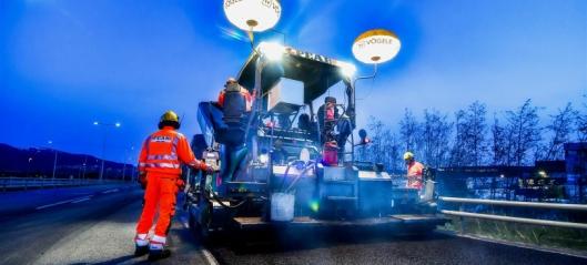 Asfalterer 1000 km riksvei for 1250 mill. kroner