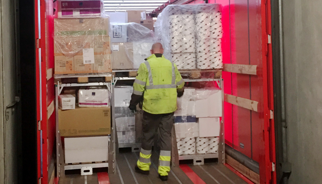Posten og Bring tar nå i bruk et nytt pallesystem som vil redusere både antall kjøretøy på veiene og selskapets CO₂-utslipp.