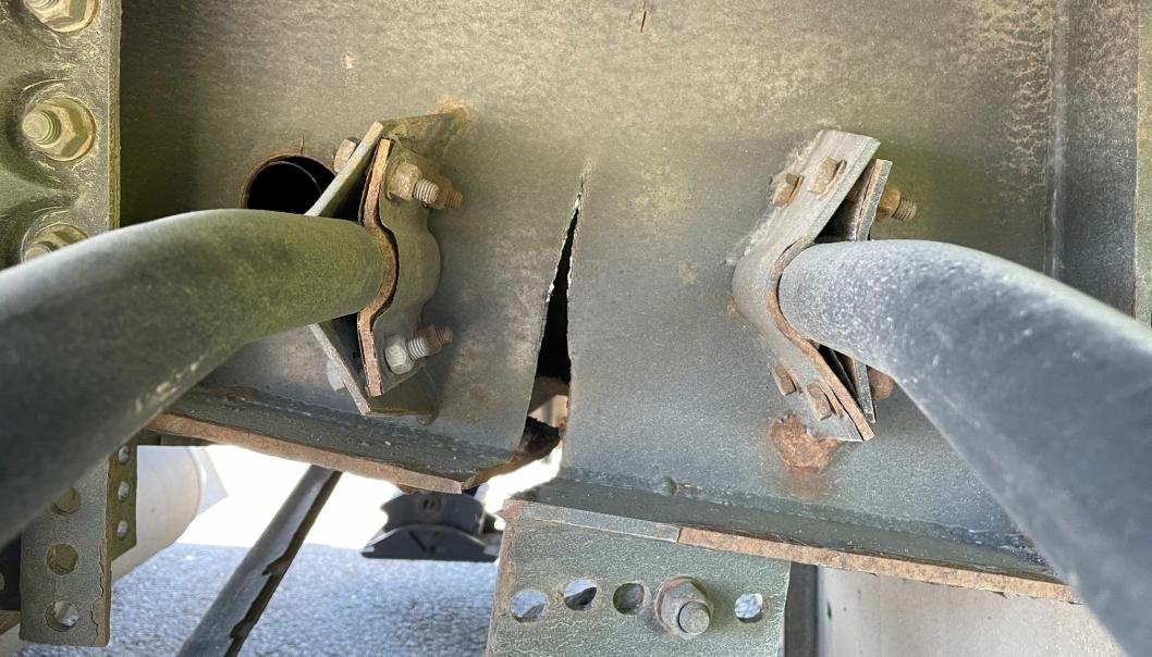 Man trenger ikke være spesielt fagkyndig for å skjønne at denne semitraileren ikke skal brukes.