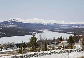 IDYLL: Dovrefjell har kanskje hevd på navnet «Norges Tak», men Gålå er ikke langt unna! Her bygges det mange nye hytter. Foto: Klaus Eriksen