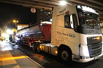 Biogass-lastebil tatt i bruk til asfalttransport