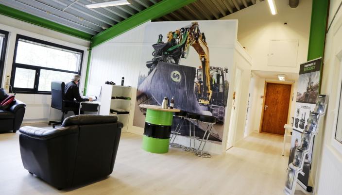 GRØNT: Steelwrists grønne farge går igjen inne i kontoravdelingen til selskapet. Foto: Klaus Eriksen