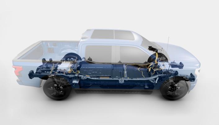 Det blir et lavt tyngdepunkt på den nye pickupen, noe som vil gi bilen enda bedre kjøreegenskaper.