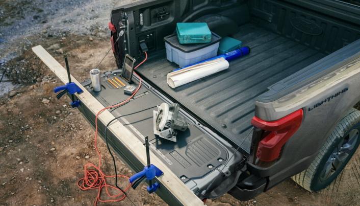For arbeid i glisgrente områder er det praktisk å kunne benytte bilen som energikilde.