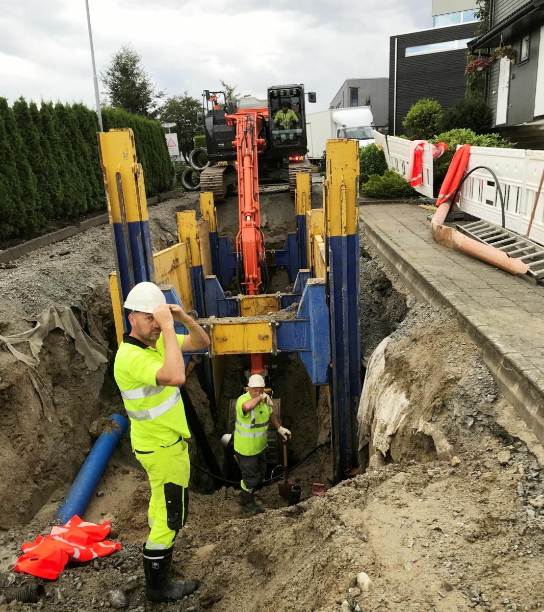 STØRRE: Sandnes kommune er en av brukere som for tiden leier Double Slide Rail grøftesikringssystemer. Foto: John Kr. Lland