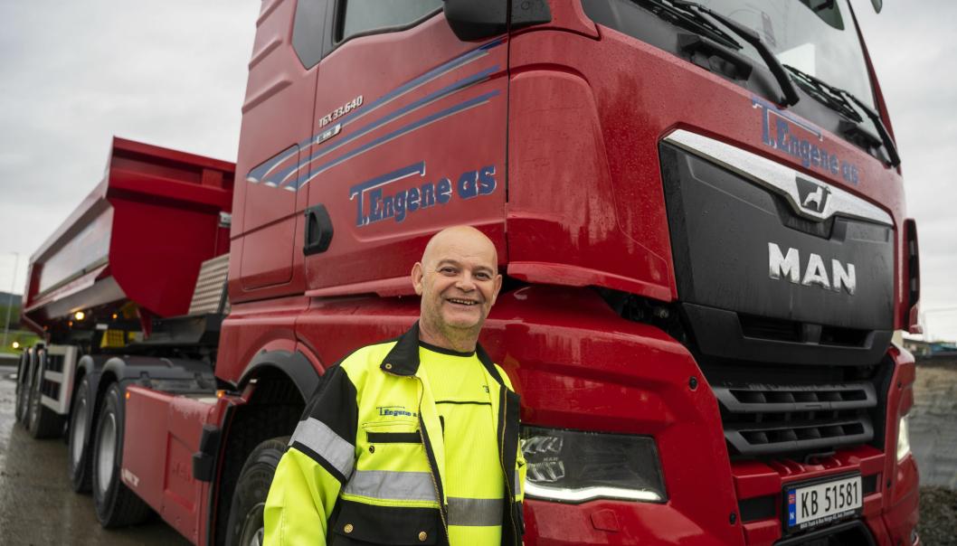 TRIVES: Frits Halgunset har jobbet hos Torbjørn Engene siden pinsen i 1993, og trives godt med sin nye arbeidsplass.