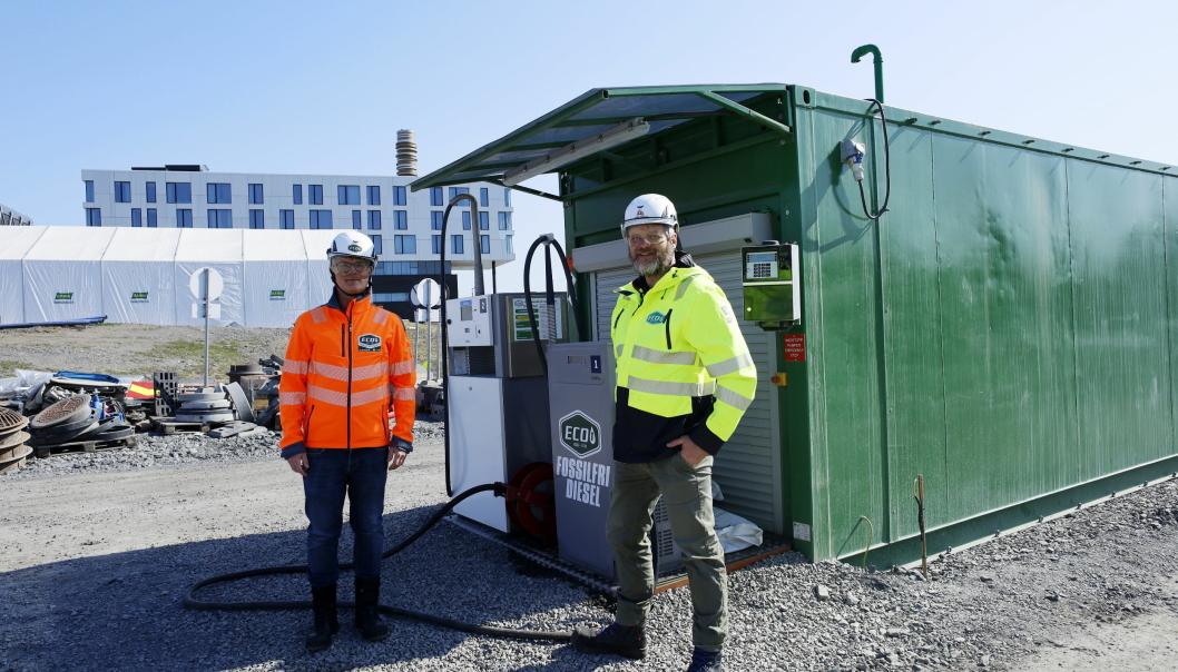 Fornebubanen t.v. Thomas Andersen, Salgsjef i Eco-1 bioenergi AS t.h. Geir Harald Baalsrud Ingeborgrud, Eco-1 bioenergi AS