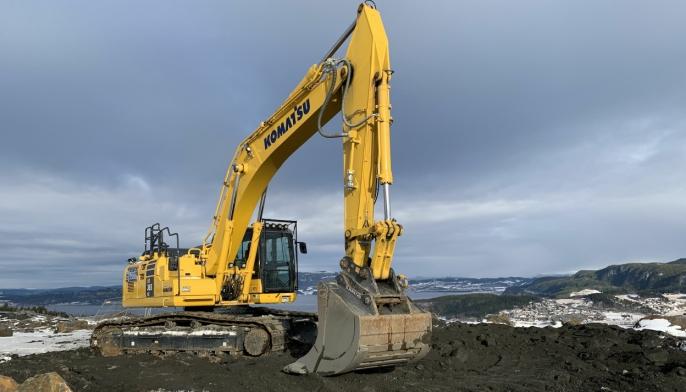 I løpet av årets første fire måneder solgte Hesselberg Maskin AS 171 maskiner, noe som er en økning på 64 prosent sammenlignet med samme periode i fjor. Blant de solgte maskinene er gravemaskiner fra Komatsu, et selskap som har 100-års-jubileum i år.