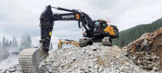 Signerte kontrakt på å bygge 9,3 km ny europavei