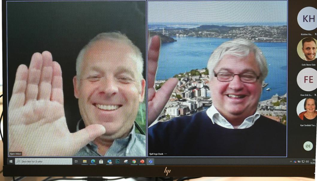 I dag signerte utbyggingsdirektør i Statens vegvesen Kjell Inge Davik (til høyre) og Bjørn Velken fra Kruse Smith AS kontrakten om å bygge den neste etappen på Sykkelstamvegen. Som vanlig i disse tider ble kontrakten signert elektronisk via Teams.