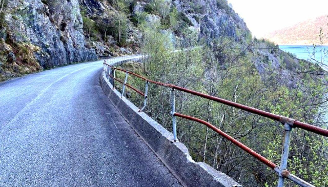 Denne omkjøringsveien på E39 på Stord utbedres nå, før Uføretunnelen på Stord oppgraderes til høsten.