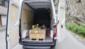 SOM MED FORBRENNNINGSMOTOR: Varerommet er like stort som i bilene med forbrenningsmotor, men bilen er hevet noe på understellet, for å få plass til batteripakkene og ha den samme bakkeklaringen.