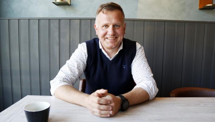NYE MULIGHETER: Ragn-Sells direktør for nedstrøm og råvarer, Burkhard Rüther, ser etter flere måter å bruke avfallet på. Foto: Klaus Eriksen