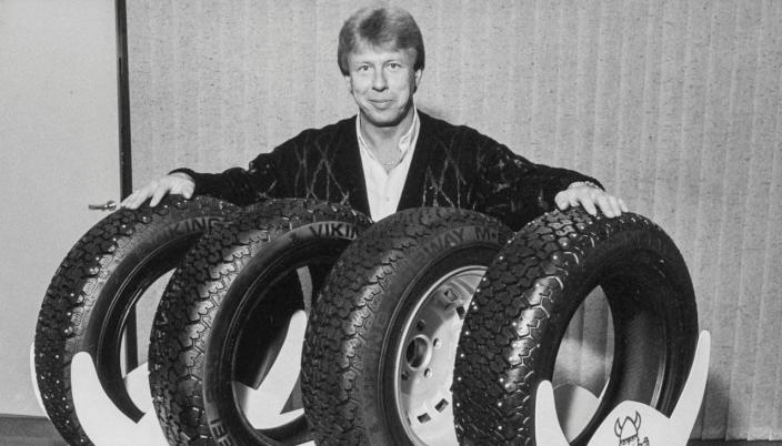 HØYDEPUNKT: Frank Larsen i yngre utgave promoterer Viking under OL på Lillehammer i 1994.