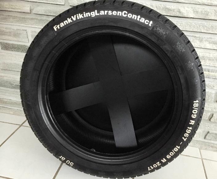 SPESIELT: Denne gaven fikk Frank Larsen fra bedriften da han på dagen etter 50 års ansettelse sluttet i Viking/Continental.