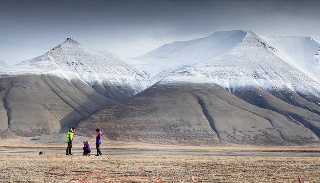 ERT geosurveys feltarbeid på Svalbard.