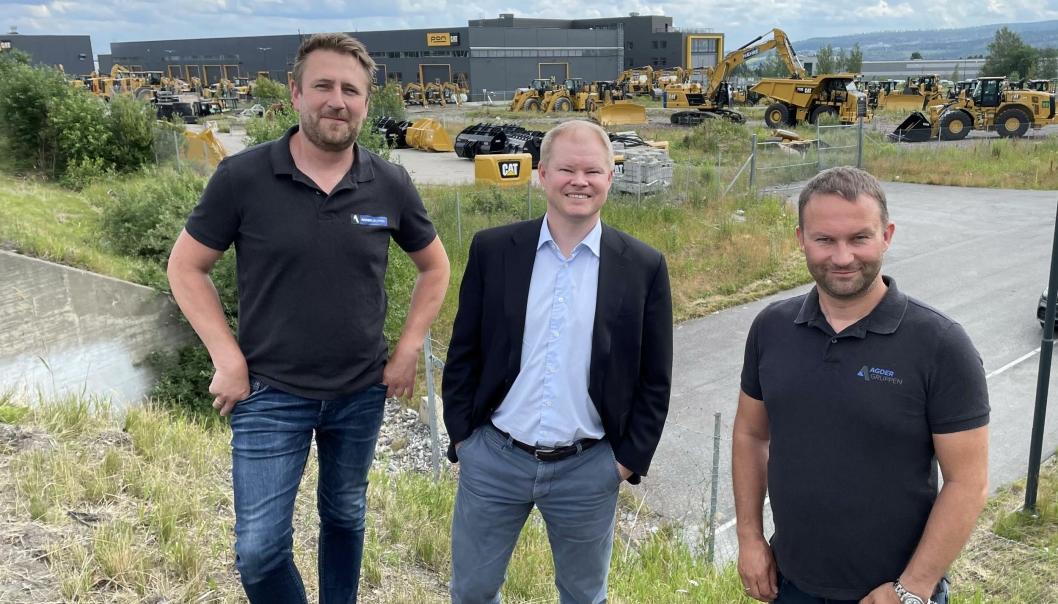 FORNØYDE: Avdelingsleder Kai Ronny Løvtjernet (t.v.), Karl Erik Rimfeldt i Rimfeldt Eiendom og daglig leder Svein Arne Uppstad gleder seg til nybygg på Berger.