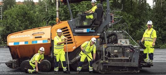 Skanska la klimanøytral asfalt på E18