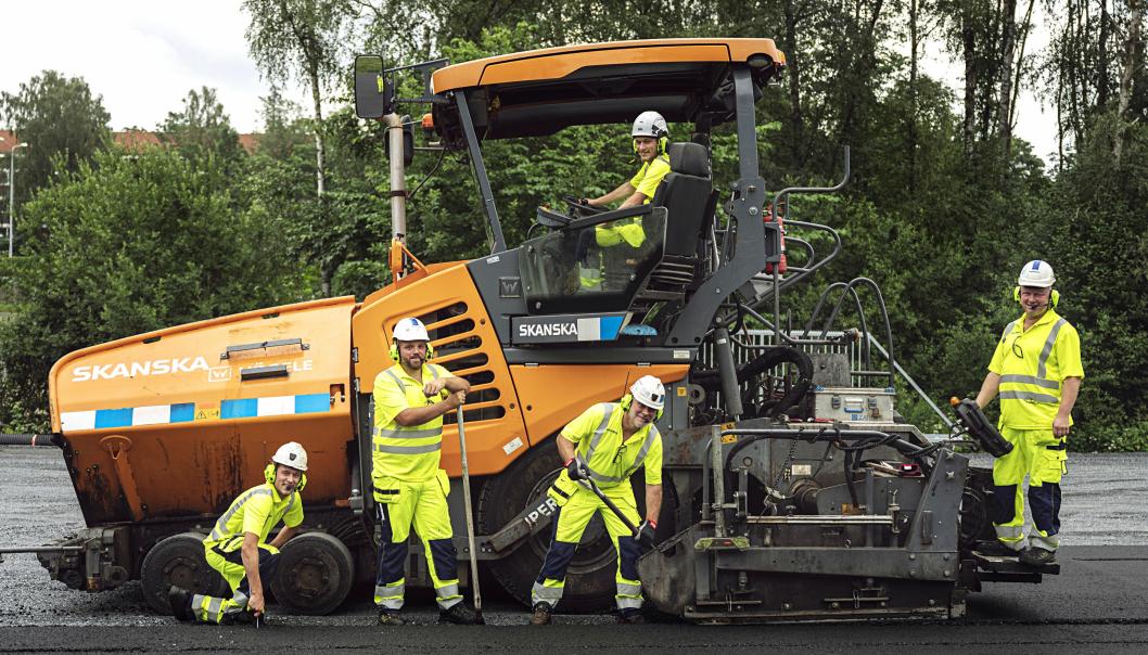 Asfaltlaget som la den første asfalten med netto null klimautslipp for Skanska i Norge.