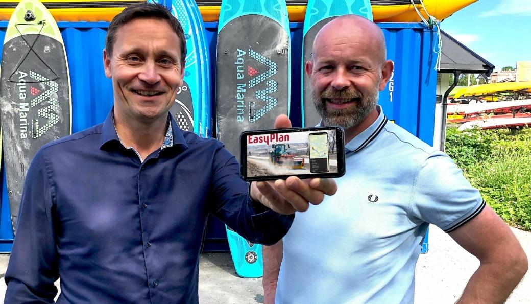 Torgeir Algerøy (t.v.) og Finn Kristian Tokvam er henholdsvis daglig leder og styreleder i det nye selskapet, Easyplan AS.
