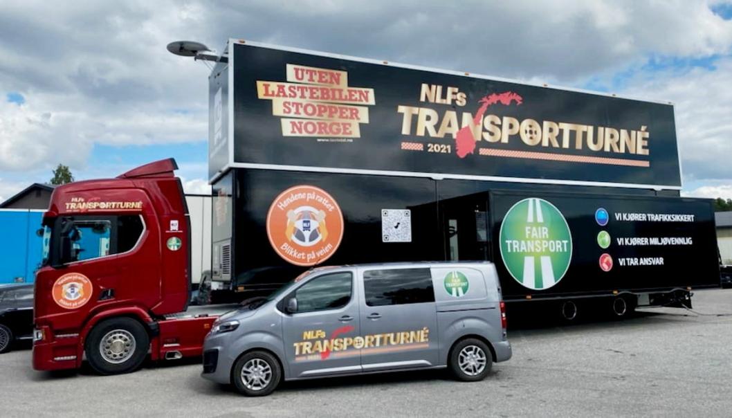 Norges Lastebileier-Forbund sin turnétrailer er rigget og klar til Norge rundt. 30 lokasjoner skal besøkes. Foto: NLF