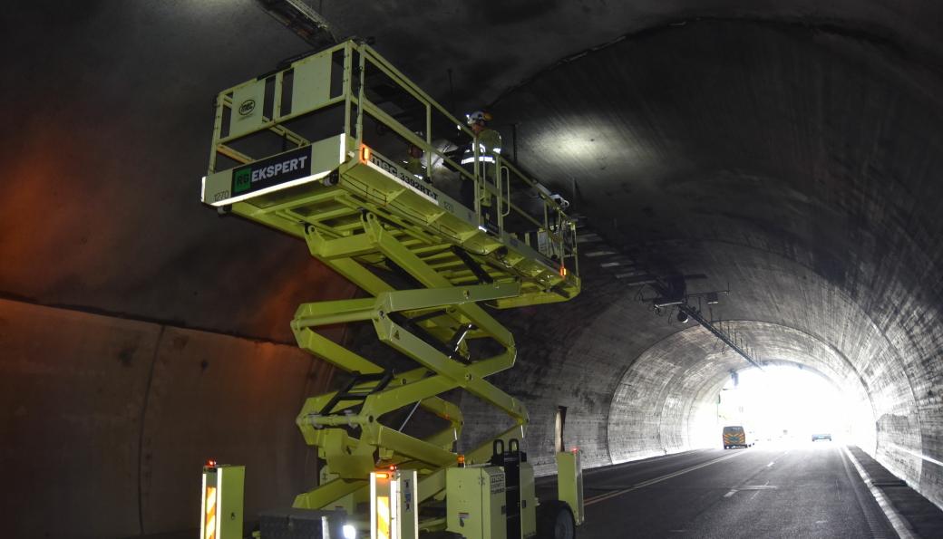 Det er blitt jobbet døgnet rundt i E134 Oslofjordtunnelen etter bilbrannen 2. august.