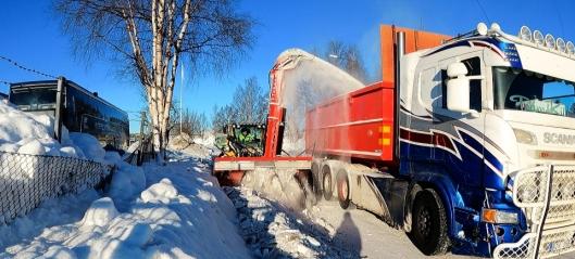 Lanserer «Verdens største serieproduserte hydrauliske snøfreser»