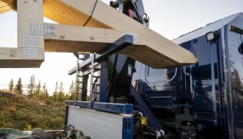 STATIV: I forkant av planet er det et justerbart stativ som takstolene kan legges på.