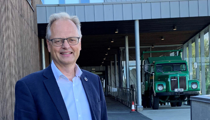 Styreleder i FSG, Odd Are Austrheim ser gode muligheter for videreutvikling av Vestnes Renovasjon.
