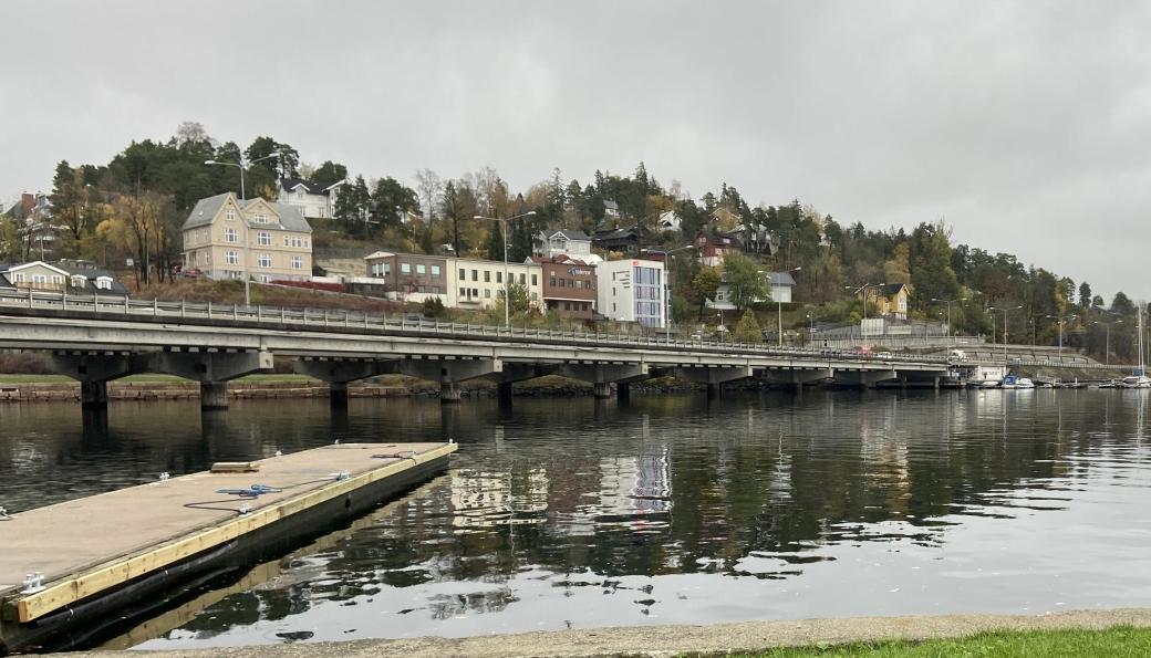 Statens vegvesen anbefaler ikke gjenbruk av dagens Sandvika-bruer til framtidig E18.