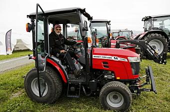 Små traktorer - topp for brøyting i byene