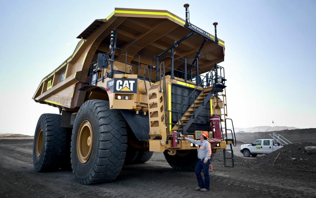 Prototype av selvkjørende, utslippsfri, Cat 793 tipptruck i Rio Tintos Gudai-Darri-gruve i Australia.