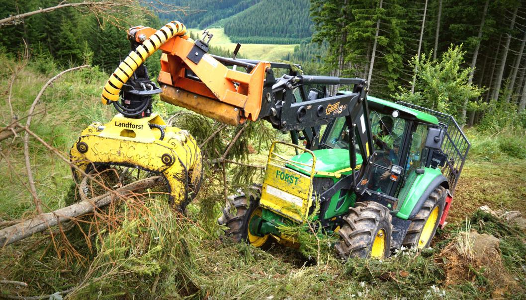 Nokian TR Forest 2 er et forbedret traktordekk for bruk i skogen på lette og mellomstore traktorer.