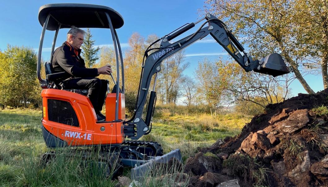 - Det har vært viktig å lansere en maskin som møter norske behov også i vektklassen rundt 1 tonn, sier maskinansvarlig i Wee.no, Jan Sigurd Bakken.