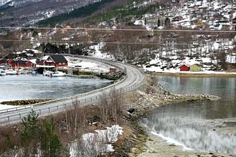 Bygger ny bru på E6 i Straumen i Sørfold