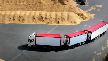 34 meter og 98 tonn. Neste skritt, er å bytte ut R770-en med en elektrisk lastebil.
