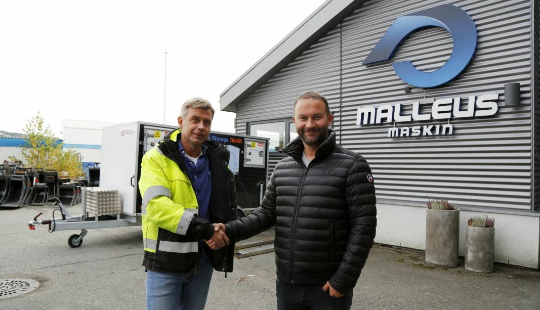OPPKJØP: Kai Moen (t.v.) selger sine selskaper Malleus Maskin og Malleus Utleie til Svein Arne Uppstad og Agder Gruppen. Foto: Klaus Eriksen