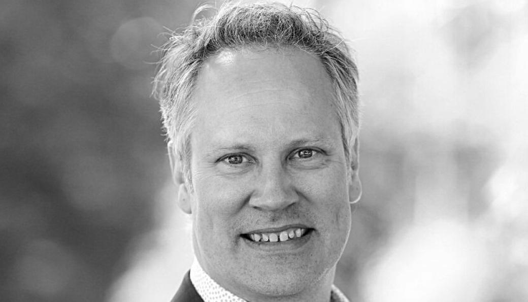 Den ferske samferdselsministeren, Jon-Ivar Nygård, ivrer for vei-, sjø- og banetransport.